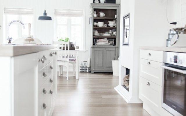 2016 Stylish Scandinavian Flooring